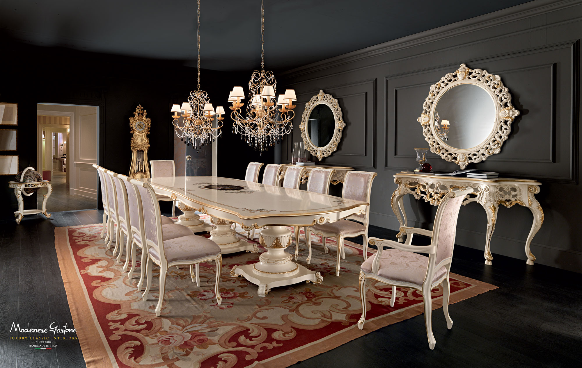Dining-room-with-one-piece-painted-carved-table-Villa-Venezia-collection-Modenese-Gastone