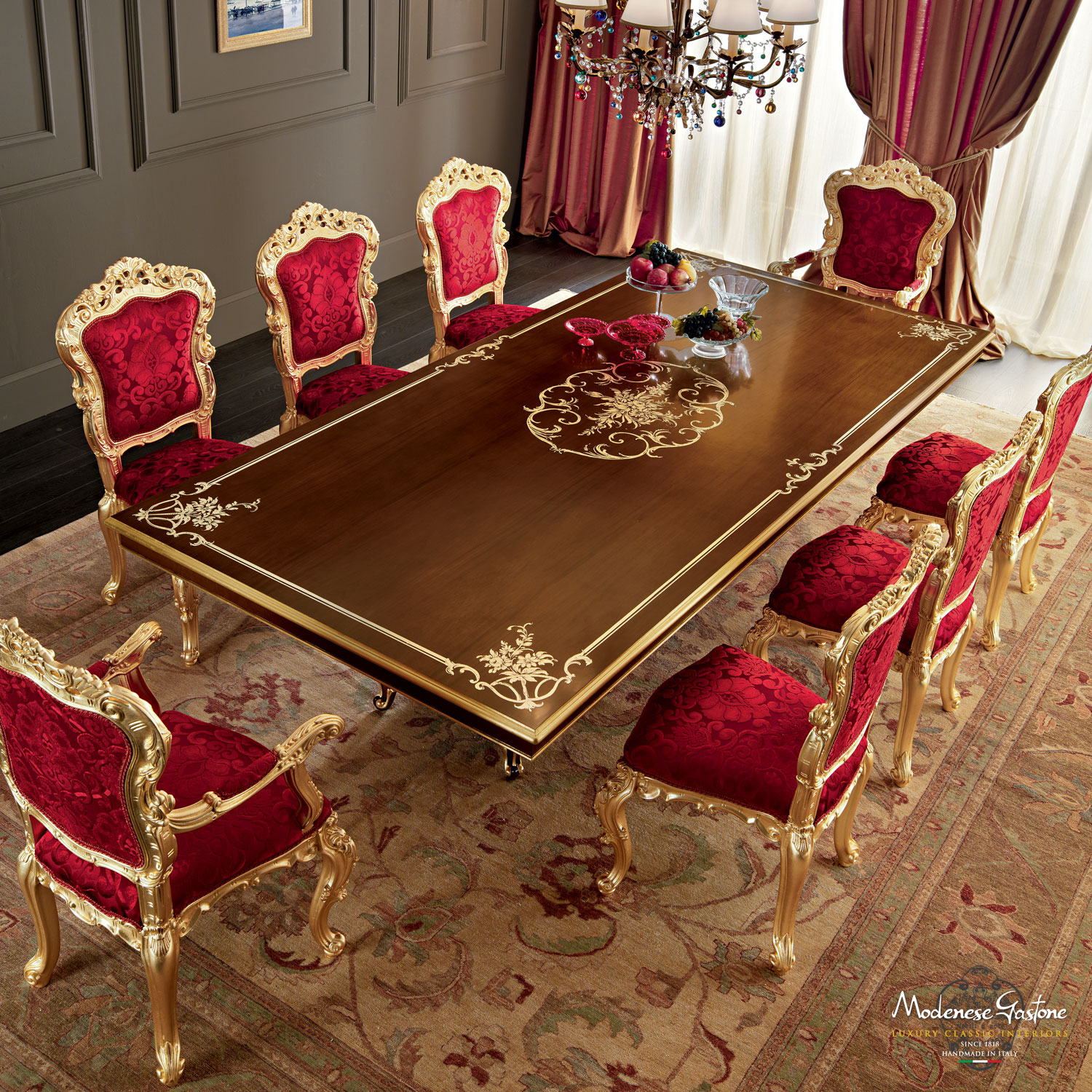 Dining-table-walnut-gold-leaf-inlays-handmade-in-Italy-Villa-Venezia-collection-Modenese-Gastone